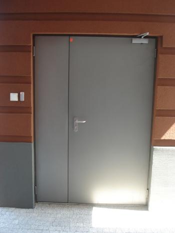 drzwi-przecipozarowe-szerokie